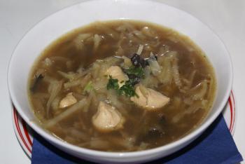 Kabis-Ingwer  Suppe mit Hühnchenfilet