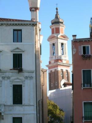 Kirchen und Türme überall