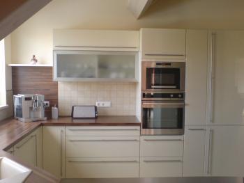 full_kitchen1.jpg