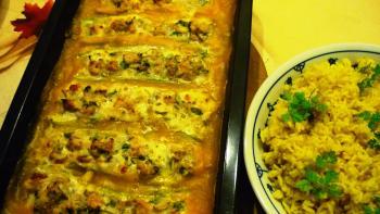 Zucchini mit Geflügel-Füllung