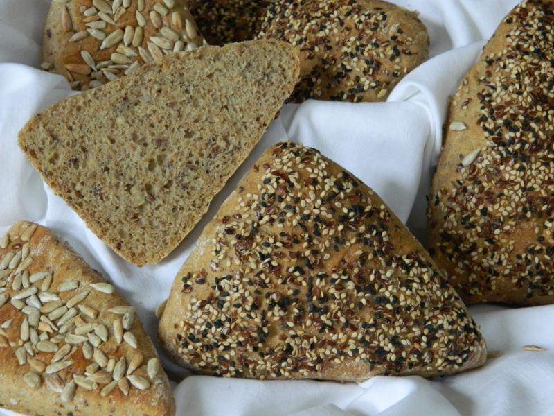 Brot Brötchen backen 04 05 10 05 2019 1400562193