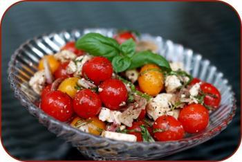 Tomaten - Schafskäse - Salat