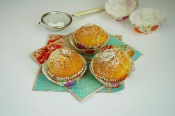 full_58ff2e9e15282_muffins.jpg