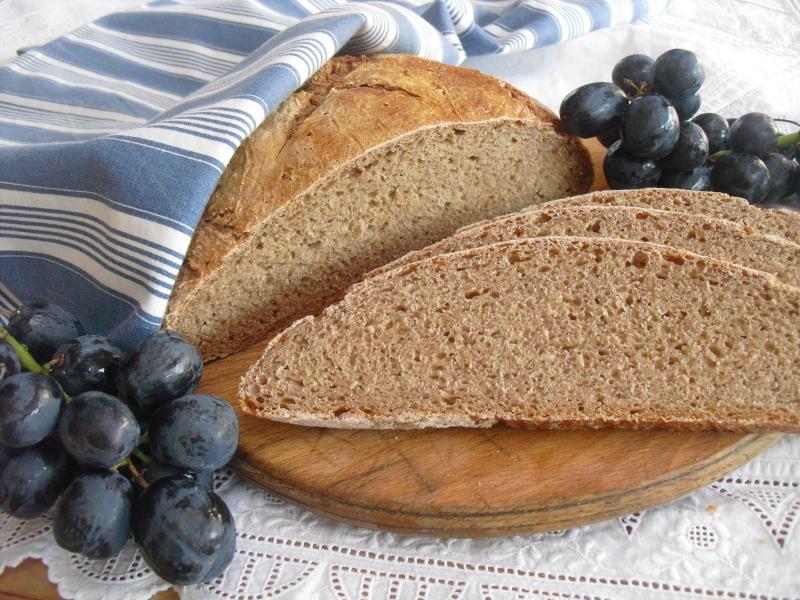 Brot Brötchen backen 04 05 10 05 2019 1382110072