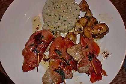 """Kalbsschnitzel """"Saltimbocca"""" 10"""