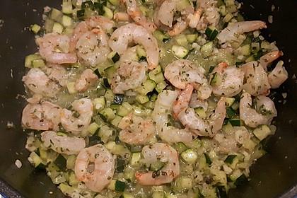 Pasta mit Zucchini-Shrimps-Sauce 4