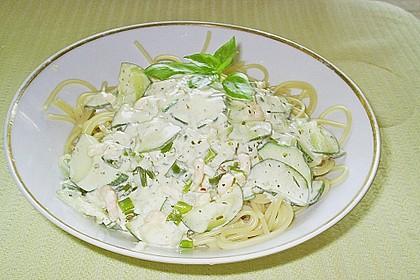 Pasta mit Zucchini-Shrimps-Sauce 3