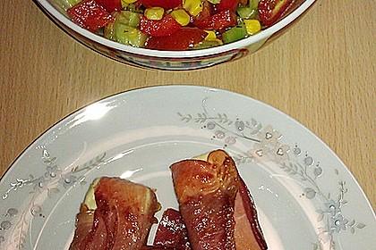 Gebratener Schafskäse im Speckmantel auf Rucola-Parmesan-Salat 34