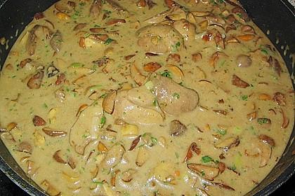 Hähnchenleber mit Champignons in Weinsauce 3