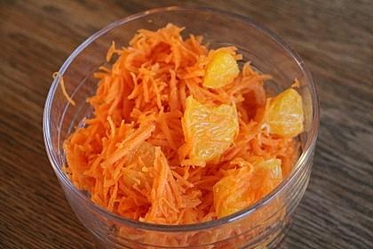 Möhrensalat mit Orangen