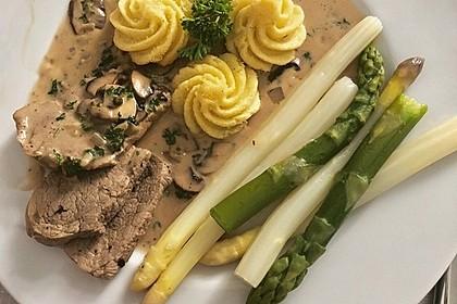 Spargel mit Schweinefilet und Pilzsauce 4