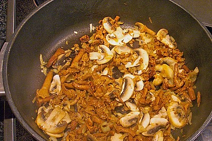 Spargel mit Schweinefilet und Pilzsauce 10