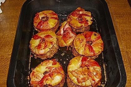 Frikadellen mit Bacon, Ananas und Gouda 1