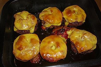 Frikadellen mit Bacon, Ananas und Gouda 2