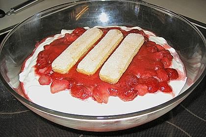 Erdbeer-Tiramisu 120