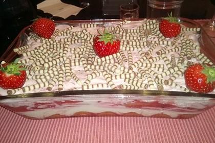 Erdbeer-Tiramisu 10