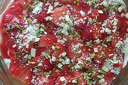 Erdbeer-Tiramisu 65