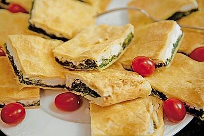 Griechische Blätterteig-Spinat-Taschen 4