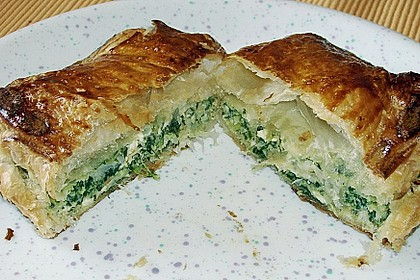 Griechische Blätterteig-Spinat-Taschen 10