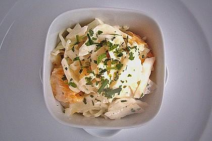 Weißkohlsalat mit Früchten 1