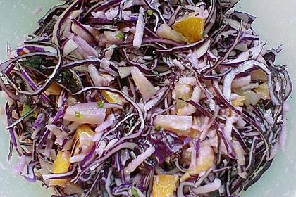 Weißkohlsalat mit Früchten 3