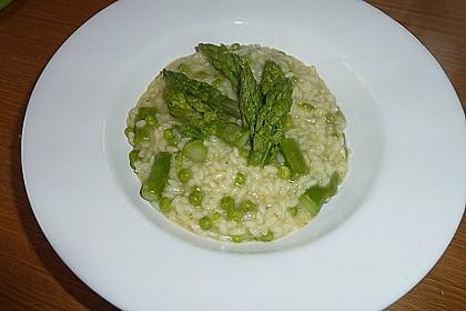 Risotto mit grünem Spargel und Parmesan 34