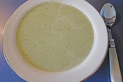 Brokkoli-Cremesuppe 10