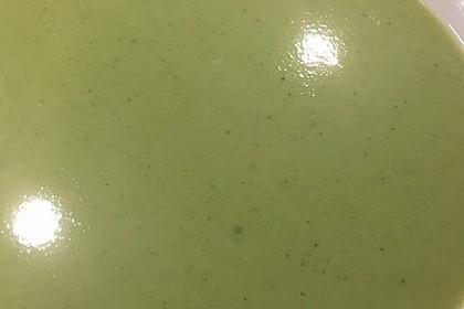 Brokkoli-Cremesuppe 12