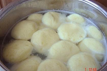 Kartoffelklöße 42