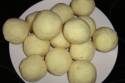 Kartoffelklöße 28