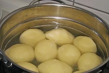Kartoffelklöße 34