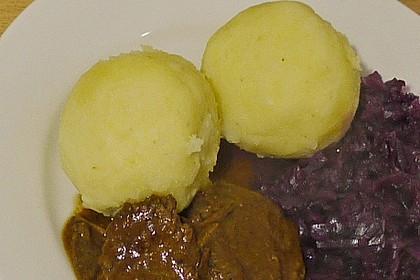 Kartoffelklöße 32