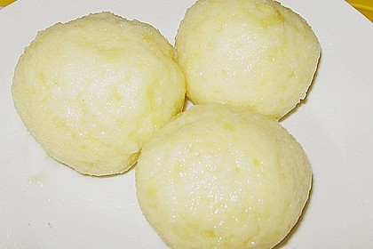 Kartoffelklöße 11