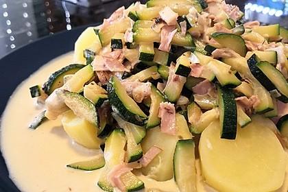 Zucchinigemüse (Bild)