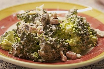 Brokkolisalat  (roh) 1