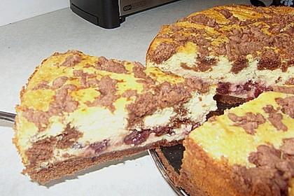 Michas Schoko-Streuselkuchen mit Quark-Kirschfüllung 81