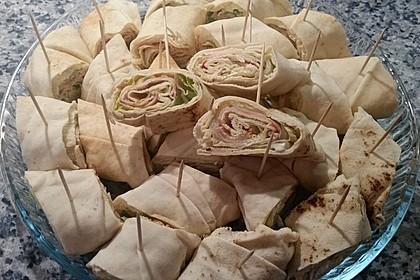 Party Wraps mit Frischkäse und Putenbrust 55