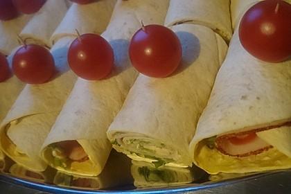 Party Wraps mit Frischkäse und Putenbrust 47