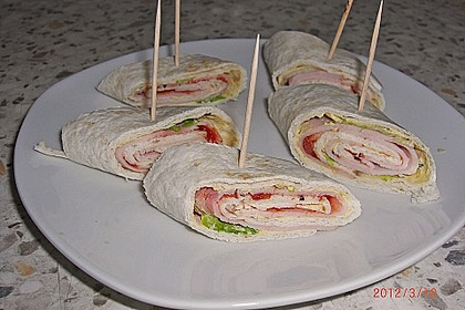 Party Wraps mit Frischkäse und Putenbrust 45