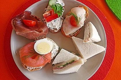 Tramezzini mit Thunfischpaste