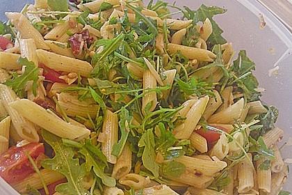 Italienischer Nudelsalat mit Rucola und getrockneten Tomaten 59