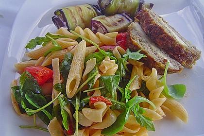 Italienischer Nudelsalat mit Rucola und getrockneten Tomaten 19
