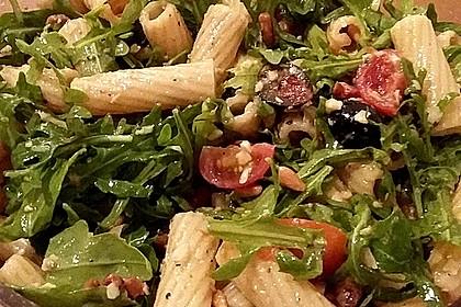 Italienischer Nudelsalat mit Rucola und getrockneten Tomaten 29