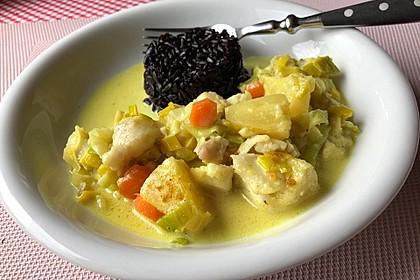 Fisch-Ananas-Curry mit Kokosmilch (Bild)