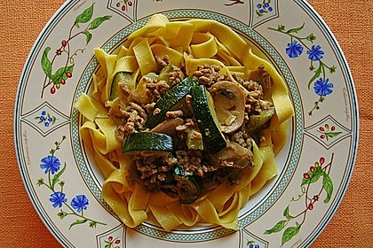 1 A Zucchini - Hackfleisch - Pfanne 9