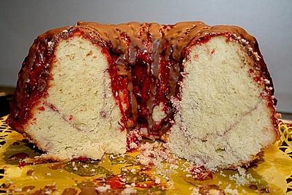 Sandkuchen - Gugelhupf mit Himbeermark 4