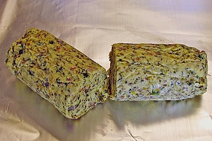 Wildkräuter - Butter à la Kräuterjule 1