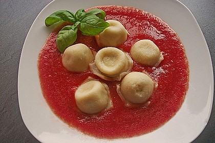 Ricotta - Basilikum Teigtaschen oder Ravioli