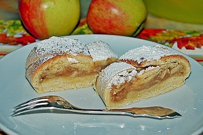 Apfelkuchen aus Hefemürbteig 30