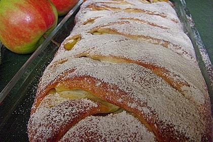 Apfelkuchen aus Hefemürbteig 46